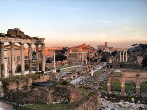 Ostaci očaravajućeg rimski foruma koji je bio centar dešavanja drevnog grada Rima