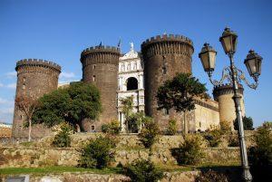 Castel Nuovo nekada je bio tvrđava i kraljevska rezidencija